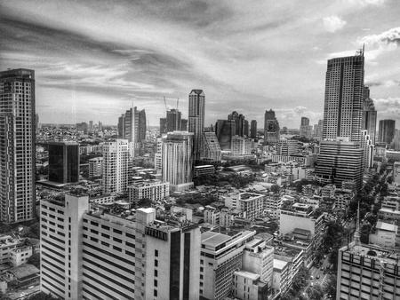 white: Black and White City