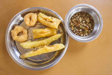 pa: Pa Tong Ko, oil-fried pastry, oil strip, Traditional Myanmar food, Indian food