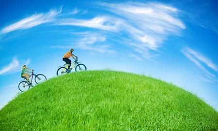 deux motards sur Terre verte