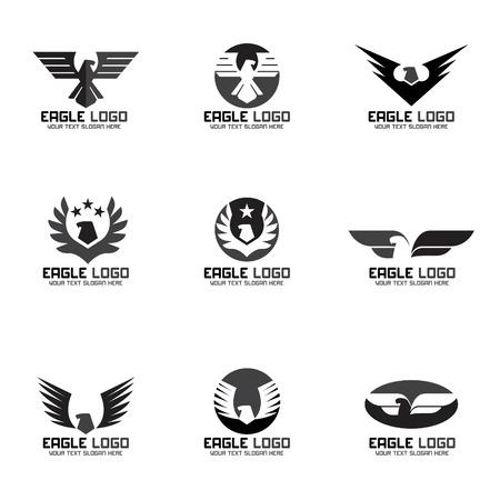 halcones: Diseño negro del águila vector Conjunto de la insignia gris