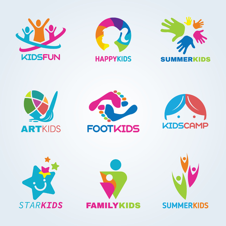 manos logo: arte infantil Niños y diseño de logotipo conjunto de vectores de la diversión