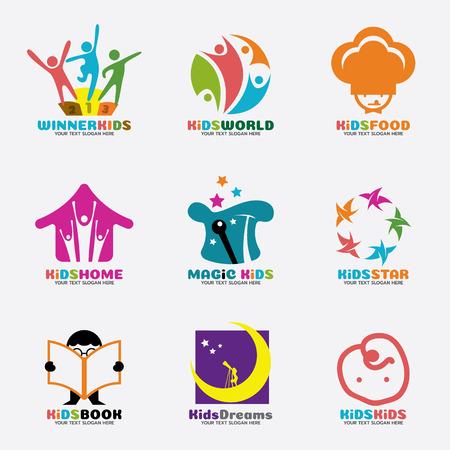 Niños vector logo concepto creativo conjunto de diseño de arte