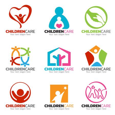 子供や介護のロゴのベクトルのデザインを設定  イラスト・ベクター素材
