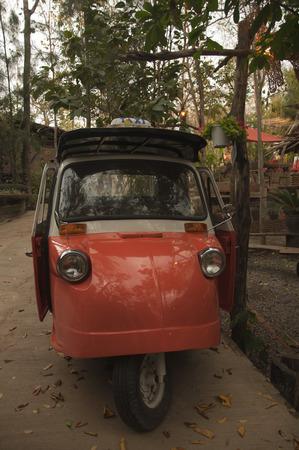 mototaxi: auto rickshaw Stock Photo