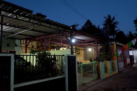 photo of a peaceful house over night scene background 版權商用圖片
