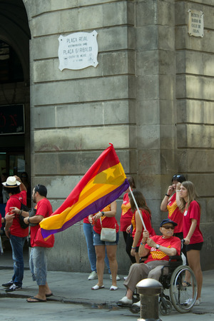 separatism: Family manifestating independence for Catalonia on Plaza Real,  September 11, 2014, Barcelona, Spain. Editorial
