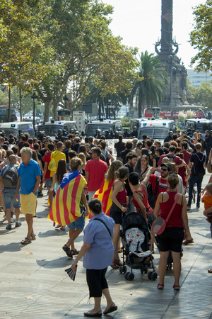 separatism: BARCELONA, SPAIN - SEPTEMBER 11, 2014 - Croud of people manifestating vote to independence for Catalonia on La Rambla street.