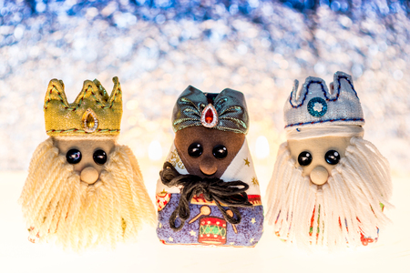 Three wise men made of cloth, traditional dolls of cloths for your christmas decoration. Foto de archivo