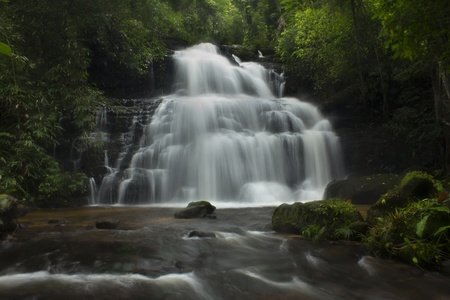 Mundaeng Waterfall, Thailand Stock Photo - 10962684