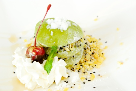 Green tea mochi with whipping cream Stock Photo - 14872194