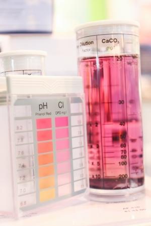 Testing kit of pH, Cl in laboratory Standard-Bild