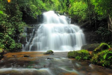 Mundaeng Wasserfall, Phu Hin Rong Kla Nationalpark, Thailand