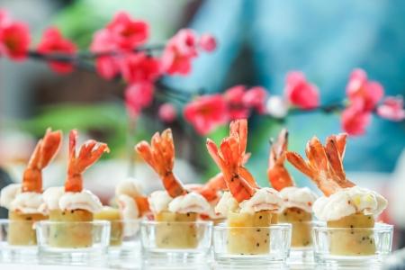 Shrimp Frühlingsrolle für Cocktail-Party Lizenzfreie Bilder