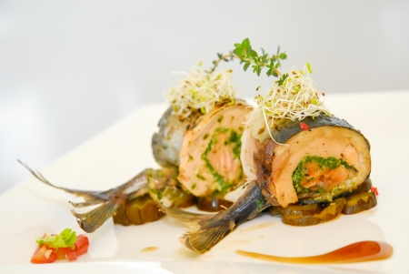 cooked fish: Steak tuna stuffed with spinach