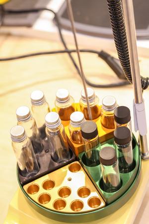 balanza de laboratorio: Agitador de plataforma a escala de laboratorio