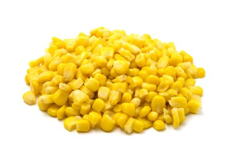 fresh pop corn: Fresh maize kernels on a white background