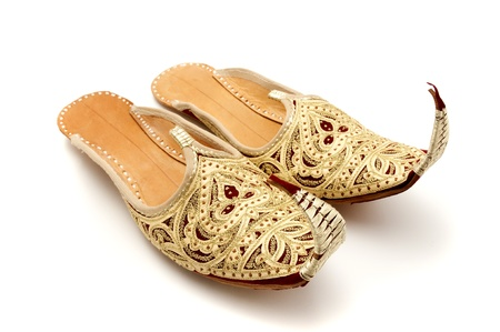 toed: Traditional arabic curly toed slippers
