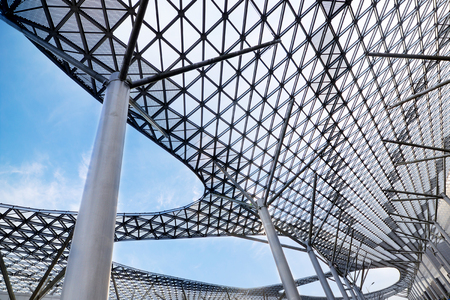 metal grid: structural glass ceiling