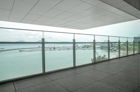 Apartament z balkonem z widokiem na ocean