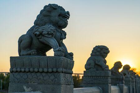 Lions stone sculpture Zdjęcie Seryjne