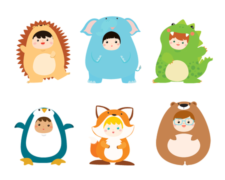 cute kids wearing animal costumes  vector illustration 向量圖像