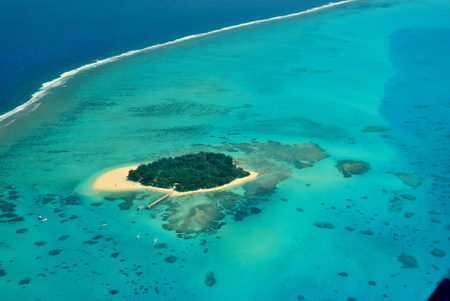 rak000127 Aerial view of Managaha Island, Saipan Managaha is one of the most popular tourist attractions which host daytrips and various marine activities like diving, snorkeling, parasailing, swimming and more. Stockfoto