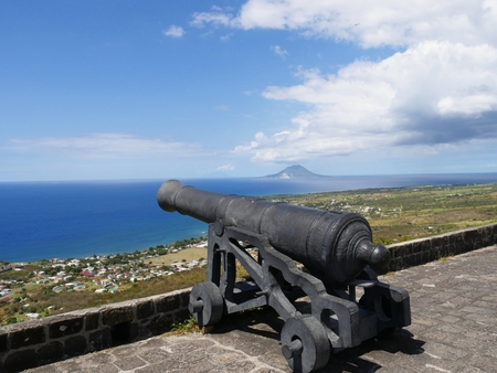Brimstone Hill cannon  One of the cannons mounted on top of the Brimstone Hill Fortress National Park in St. Kitts, Eastern Caribbean Stock Photo