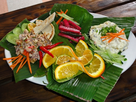 Food, fish, seafood, fried fish, flavor, flavorings, eat, cuisine, Asia, philippines, southeast asia, Filipino favorite, health, healthy, diet, dieting, seafood cuisine, specialty, crunch, background, restaurant, meal, eating, satisfy, greens, sauce, flav Stockfoto