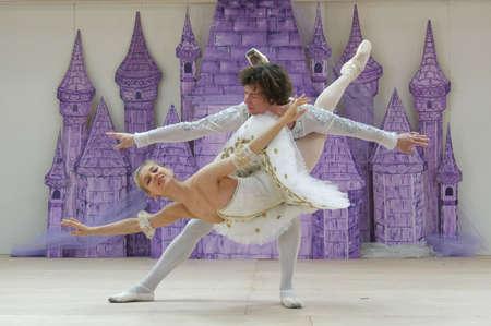 "SAIPAN, CNMI—Russian International Ballet stars Alexey Nasadovich and Margarita Rudina perform ""Sleeping Beauty"" with ballet students from Glushko's Academy of Performing Arts in Saipan on May 2016, wide shot 報道画像"