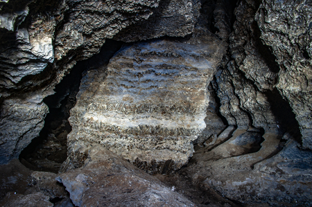 Horizon karst cave in gypsum Foto de archivo - 114122308