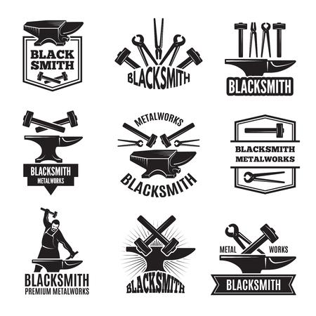 Logos noirs pour forgeron. Jeu d'étiquettes vintage Banque d'images - 93072549