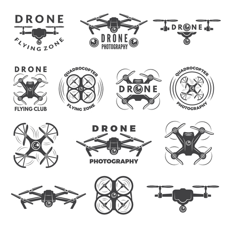 Set labels with different illustrations of drones Vectores