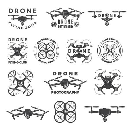 Ustaw etykiety z różnymi ilustracjami dronów Ilustracje wektorowe