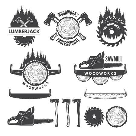 Monochromatyczne etykiety z drwalem i obrazkami dla przemysłu drzewnego. Ilustracje wektorowe