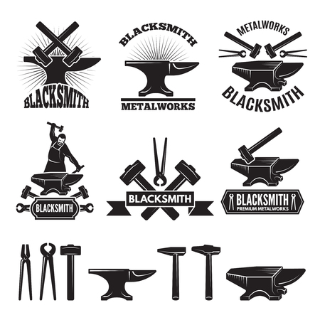 Industriële logo set. Labels voor smid. Vector ontwerpsjabloon met plaats voor uw tekst Stockfoto - 94317552