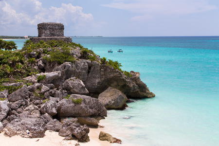 tulum: Offertories building at Tulum Mexico next to the Caribbean sea seated on huge rocks