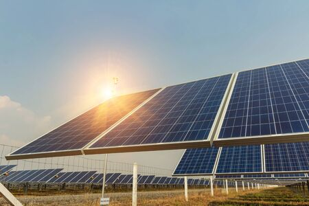 Solar panel, alternative electricity source, concept of sustainable resources, And this is a new system that can generate electricity more than the original, This's the sun tracking systems. Banco de Imagens