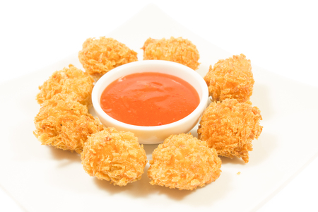 nuggets: Fried chicken nuggets and sweet chili sauce