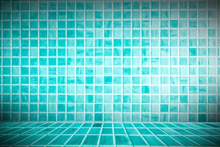 pared de baldosas de cerámica azul ideal de fondo para un uso y utilizado en el diseño de interiores . Foto de archivo