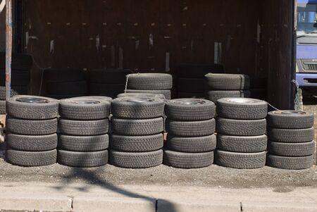 tire: Tire line