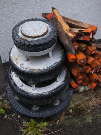 reclamation: Tire blocks
