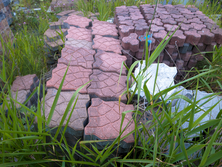legroom: Blocks pile up