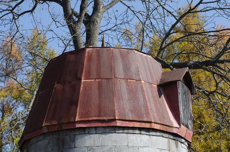 silos: Old silo