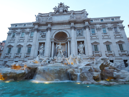 Fontana di Trevi, a popular tourist destination in Italy with beauty and elegance Archivio Fotografico