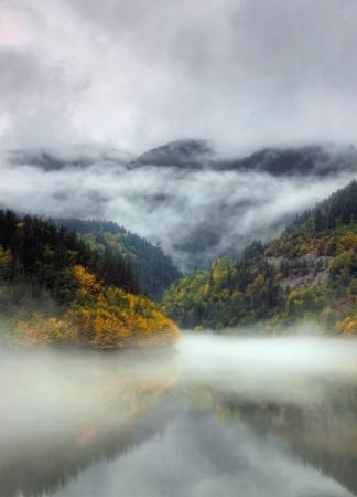 댐 Teshel 산로도, 불가리아에 위치한