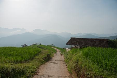 cottage sulla collina nel Vietnam del Nord Archivio Fotografico