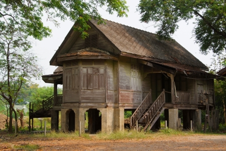 haunted house: Ancient traditional abandoned old house in Thailand