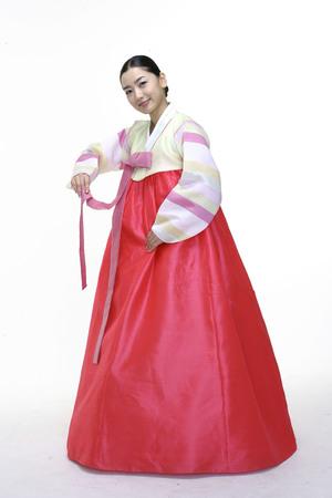 pus: Couple in Korean Dress