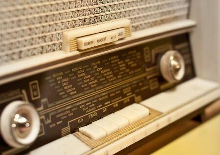 Radio antiguo Foto de archivo - 6891439