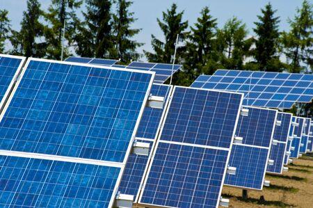 field of photovoltaic solar panels providing alternative green energy Stock Photo - 7295493